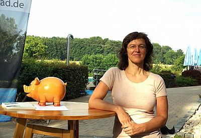 Dr. Jeannette Behringer